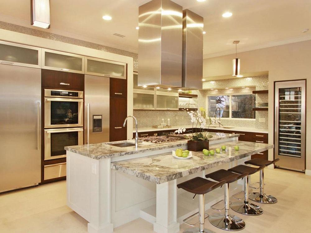 белая с коричневым кухня