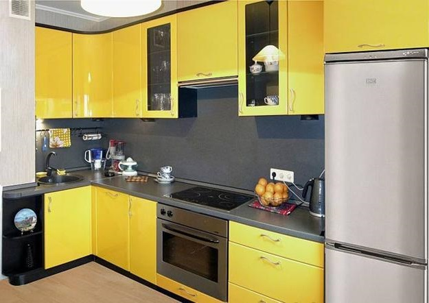 жовта кухня фото